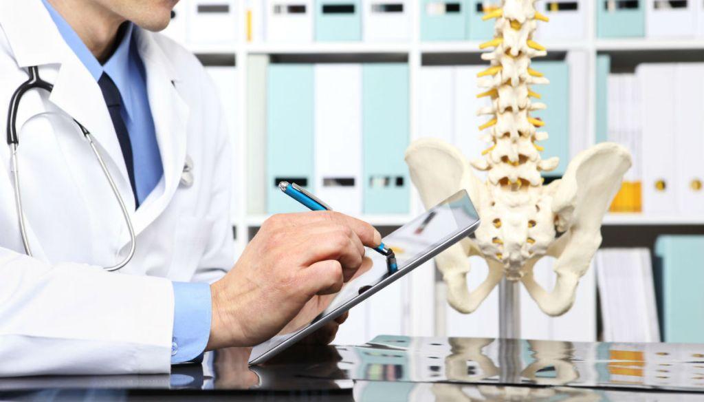 Mal di schiena: l'efficacia dell'Ozonoterapia unita al massaggio